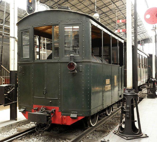 Alcuni esemplari di locomotive e vagoni sono esposti al Museo della Scienza e della Tecnologia di Milano.