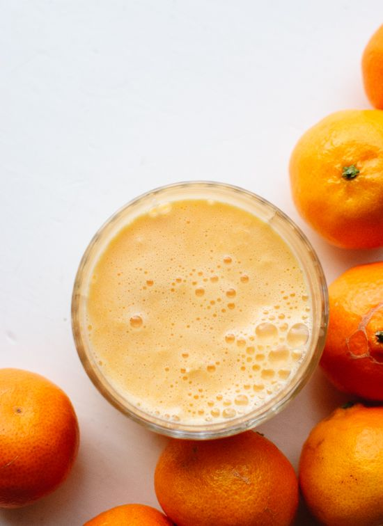 Simple and delightful clementine smoothie recipe (it's better than orange juice!) - cookieandkate.com
