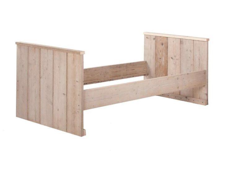 Eenpersoonsbed van steigerhout #291: http://link.marktplaats.nl/858385160