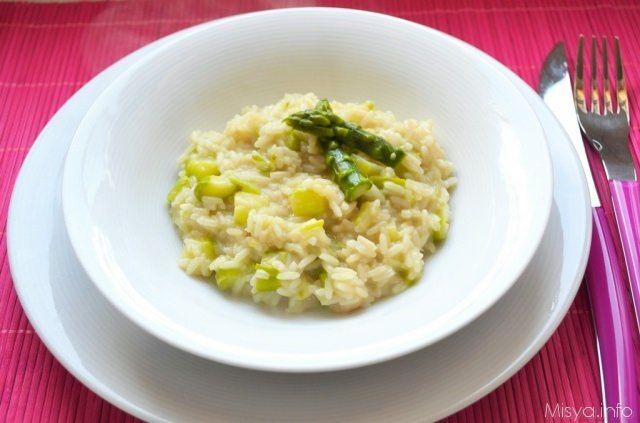 Ricette Asparagi Misya.Risotto Agli Asparagi Ricetta Ricette Risotto Con Asparagi Risotto