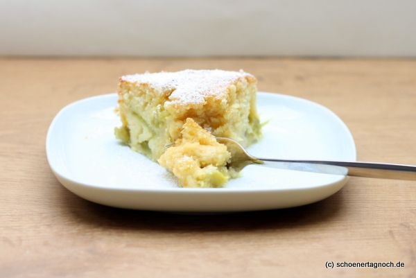 vanille-rhabarber-kuchen...whatever that is, looks good