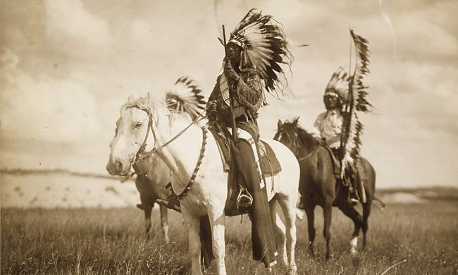 November is Native American Heritage Month. You can learn more about it here: http://nativeamericanheritagemonth.gov/   You can also check out previous articles, listed below, we have written that contain tips that help you enjoy Native American Culture during your stay in Santa Fe and with us.  The names of our rooms have special meanings, learn about them here: http://www.pueblobonitoinn.com/rooms.html  Native American Fetish Carvings and Symbolism: http://www.pueblobonitoinn.com/native-