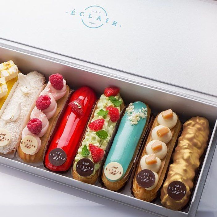 1,080 отметок «Нравится», 8 комментариев — Sweets Certified (@sweetscertified) в Instagram: «Tag a friend you'd share @eclair_littleartwork box of Eclairs with ❤️»
