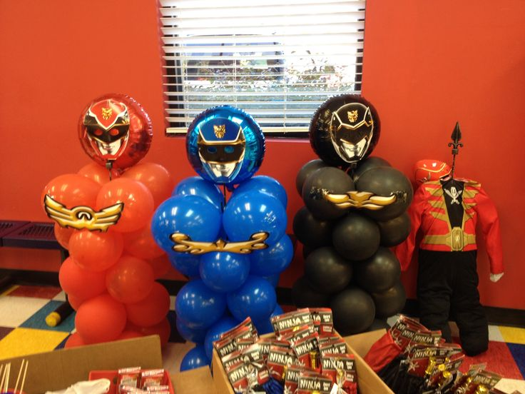 Power Ranger Mega Force Balloon Columns