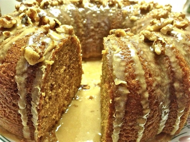 Pumpkin Spice Bundt Cake with Cinnamon Molasses Icing and topped with ...