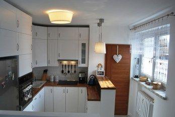Biała kuchnia, cosy white kitchen with wooden worktop