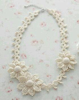 Crochet Necklaces.  No patterns but great pics for inspiration.