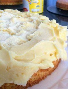 Depois que aprendi esse recheio de leite ninho para bolos, todo mundo acha que sou boleira profissional, incrível, faz toda diferença!