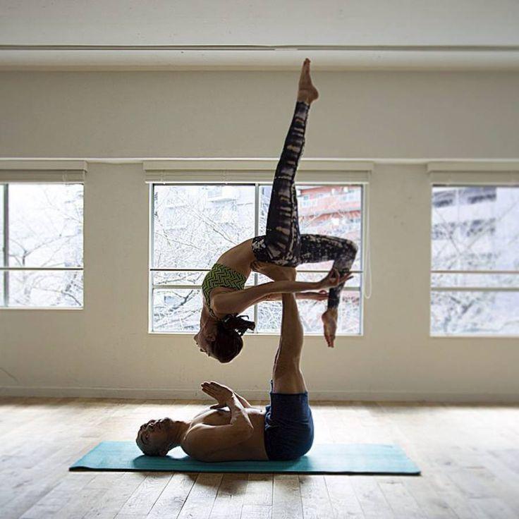 Séance de yoga à deux