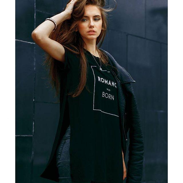 Фото из серии с@mishelmurder. Дальше - больше! Подписывайтесь.  Photo: @RomanSkan Model: @mishelmurder  #romanskan #rock #glamour #fashion #photoshoot #spb #фотографспб #фотосанктпетербург #съемка #fashion #фэшн #улица #атмосфера