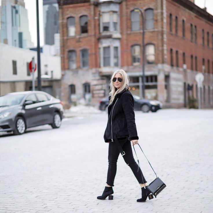Hi, I'm Mindy @mindyplaz from The Boyish Girl! Can't wait to show you all a little of our city! There are so many amazing neighborhoods in the Twin Cities, but among them the hottest is the North Loop. It's become THE neighborhood to live in. http://liketk.it/2q5vD @liketoknow.it #liketkit
