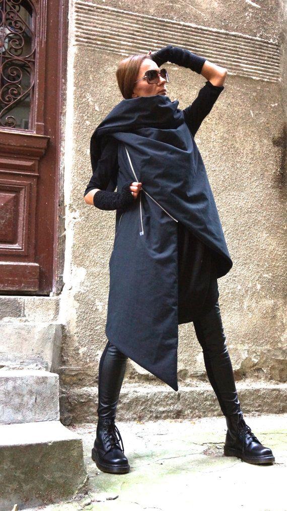 NEW AW 14/15 Asymmetric Extravagant Black Sleeveless door Aakasha
