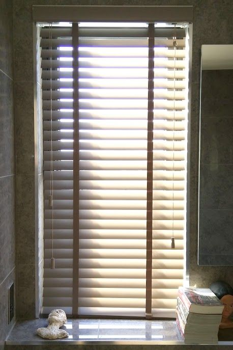 Wood venetian blind in pottery colour supplied and installed by The Blind Shop  http. 78  images about Bathroom Blinds Inspiration on Pinterest   Hunter