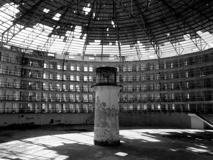 zgeitecture:  Presidio Modelo (model prison), Isla de la Juventud, Cuba. Panopticon concept by Jeremy Bentham, built in 1926.