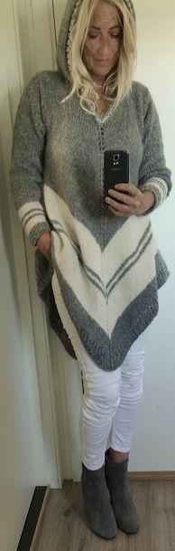 Handknitted poncho-sweater with hood.. Poncho. Håndstrikket. Poncho-genser, ponchogenser med hette. Eget design. Design: Annelise Bjerkely. Facebook: strikkesida til annelise Oppskrift til salgs.