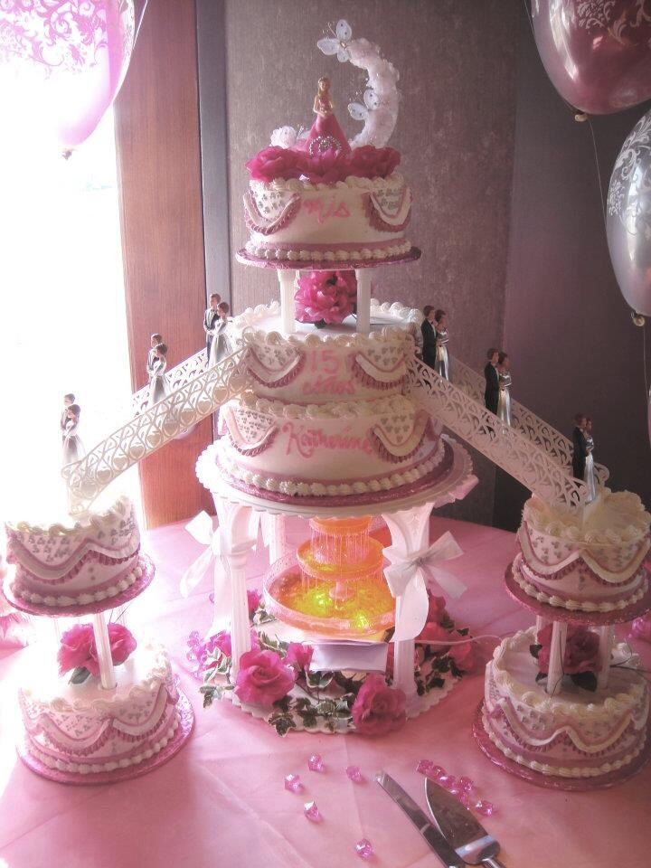 Cake Ideas For Quinceaneras : #nanisetc hot pink and silver quince cake Quinceanera ...