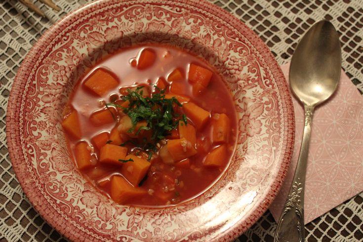 Zöldséges paradicsom leves