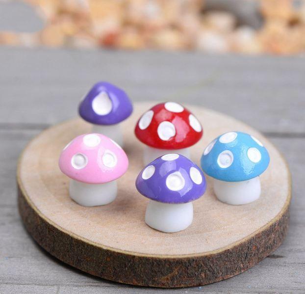 Cute Mushroom Doll Fairy Garden Miniature Figurine Craft Ornament Decor DIY Hot