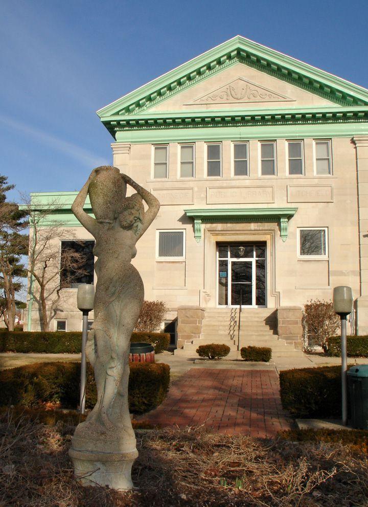 Public Library - Litchfield, Illinois, USABookstores