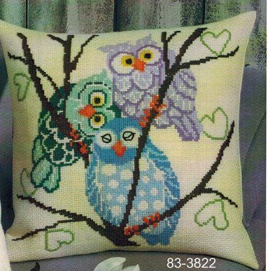 Pillows - Cross Stitch Patterns & Kits How adorable are these three, I am not into owls but the guy on the left is too cute!