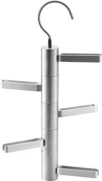 http://www.cosasderegalo.com/products/corbatero-para-5-corbatas-de-aluminio-balvi?ficha=1