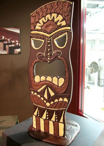 Chocolate Tiki party decor---More party ideas. Must look at!