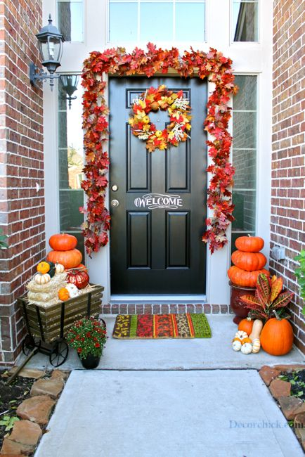 Fall Front Porch from @Decorchick