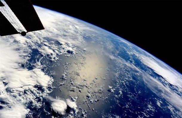 Foto twittata sul suo profilo #twiiter da Samantha #Cristoforetti sulla Stazione Spaziale Internazionale