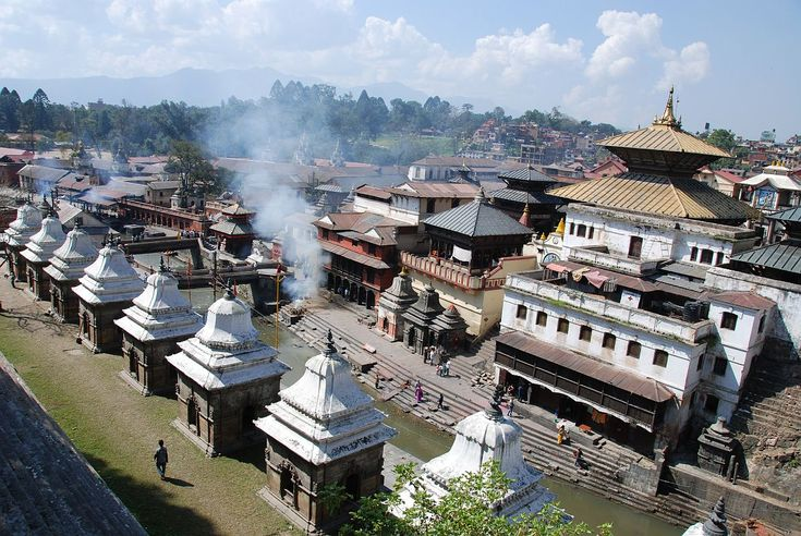 Pashupatinath Temple: One of the most sacred Hindu shrine in the world. The two – storied pagoda houses a sacred Clingum or the phallic symbol of Lord Shiva. Although the temple dates back to the 4th century, it was brought into its present shape in the early 18th century. The temple is most noted for its gold-plated roofs and silver-coated doors.