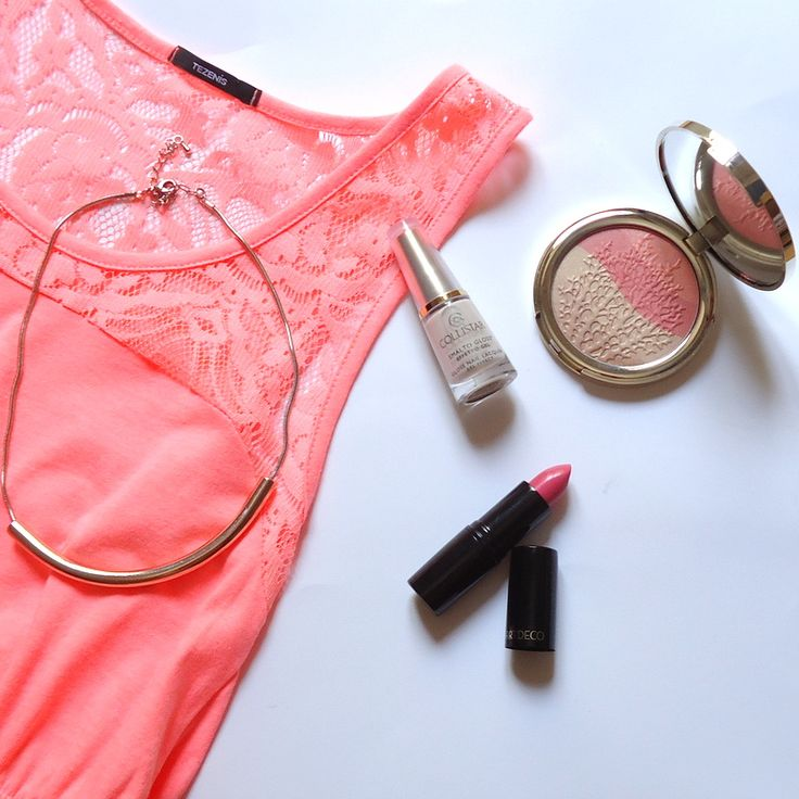 summer afternoon - inspiring - inspiration - coral - pupa - collistar - lipstick - blush - necklace - make up - nail lacquer - pink