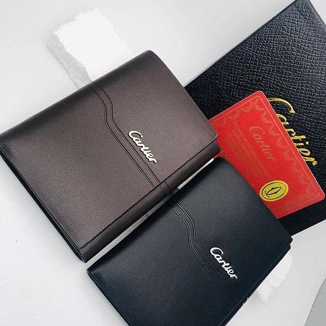 مستركوبي كارتير محافظ أنيقة شكلها تليق بفخامتك اقتنيها او اجعلها هدية تبهر من تحب لتواصل معنا عبر وتساب Https Wa Me 967736850402 Card Case Cards Case