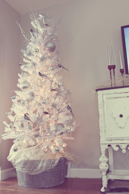White and silver Christmas #tree <3