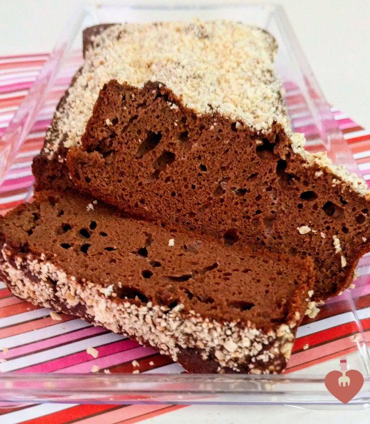 Ponqué de chocolate saludable, libre de gluten y sin azucar