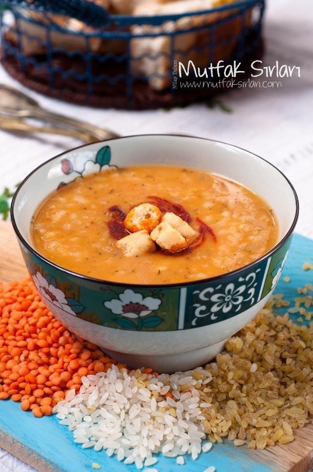 Ezogelin Çorbası nasıl yapılır ? Ayrıca size fikir verecek 54 yorum var. Tarifin püf noktaları, binlerce yemek tarifi ve daha fazlası...
