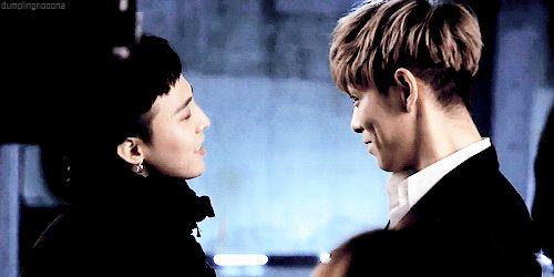 GD: Kiss me? TOP: Where? Loooooooooolllllllll~~~~~~~*ROLLS*