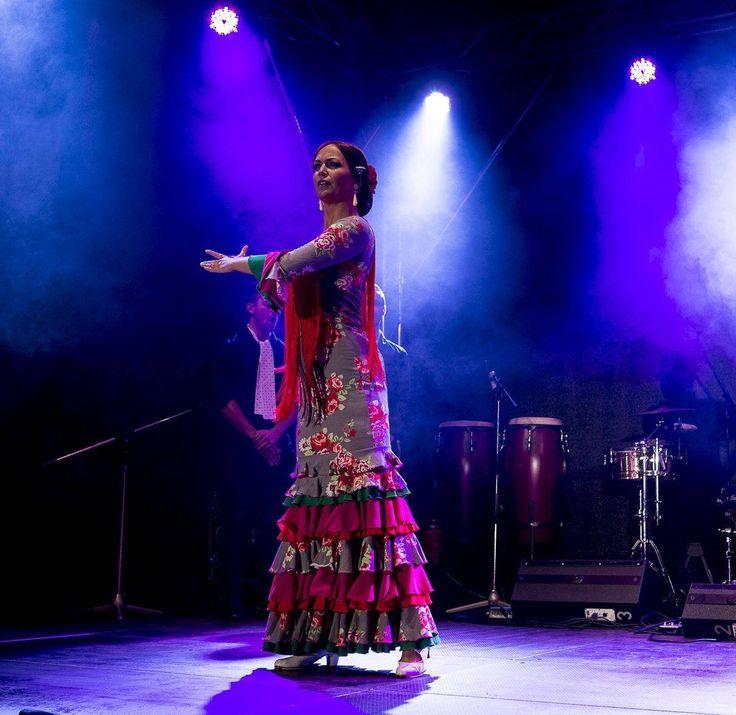 La Cati con vestido de ¡toma que toma! Foto: Klaus Handner #flamenco, #tomaquetoma
