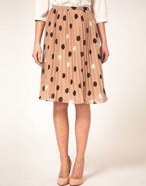 ON TREND - Skirt it & Pleats  Coffee with white & black dots