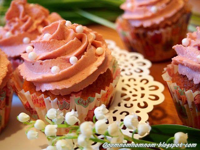 Ooomnomnomnom !: Owocowy krem do cupcakes z serka mascarpone i dżemu