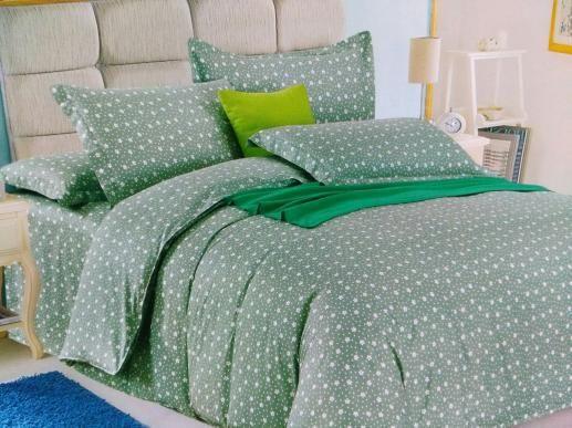Ткань для постельного белья, мелкие цветочки на зеленом фоне