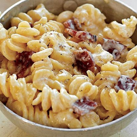 Bacon and Cheddar Macaroni & Cheese