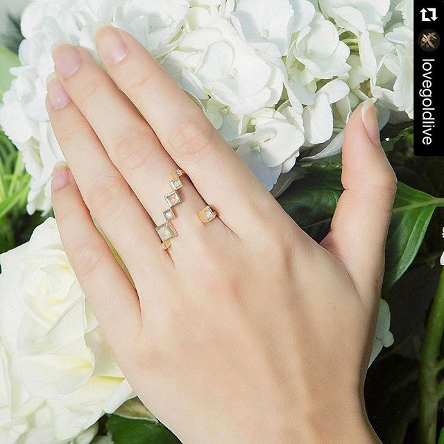 #Regram from our @LoveGoldLive #TakeOver!  What's more fun than trying on the new designs? We're loving the new @RUIFIER Spectrum Singolo ring with its soft tones and geometric shapes! #RUIFIER #RUIFIERLondon #LFW #FashionWeek #RockVault #DesignerShowrooms #LoveGoldTakeover #Ring #Gold #WIWT #OOTD #Flowers - @ruifier #LoveGold