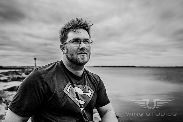 It was a pleasure shooting with @wadethemac today! Definitely send some love his way and keep and eye on his page for some video from our shenanigans today! #vlogger #collaboration #blackandwhite #blackandwhitephoto #blackandwhiteportrait #portrait #visitkingston #ygk #ygklove #ygkmodel #ygkphotographer #ottawa #toronto #ontario #canada #nature #makeportraits #justgoshoot