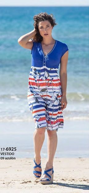 Vestido verano Vania azulón de punto. Una prenda muy favorecedora y cómoda.