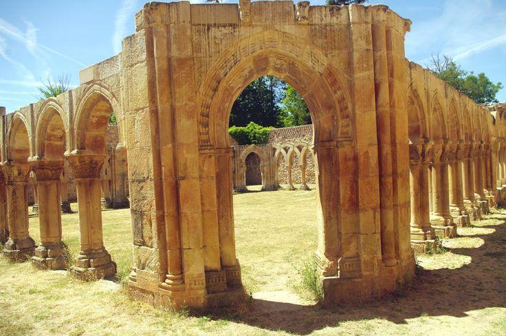 Fotos de: Soria - Monasterio de San Juan de Duero - Románico