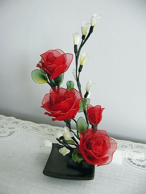 Handmade small Roses Arrangement by LiYunFlora on Etsy, $25.00