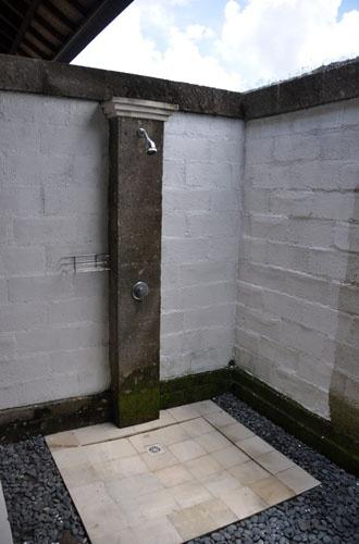 Outdoor Shower in each Ensuite Bathrrom