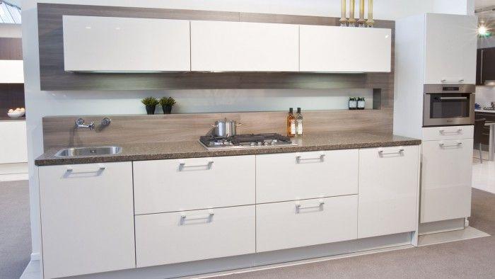 Moderne Küche \/ Holz \/ lackiert \/ Hochglanz 888 VITUS Wellmann - alno küchen kiel