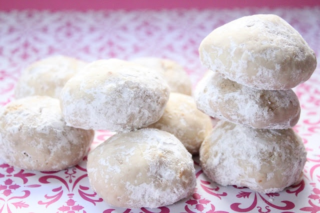 Eat Good 4 Life: Russian Tea Cookies