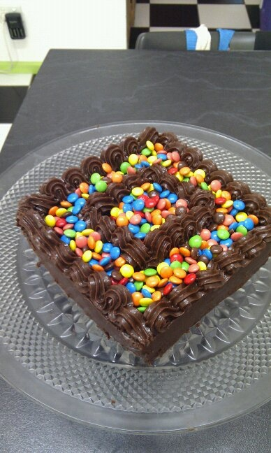 Mini M'n'm mania on a cake