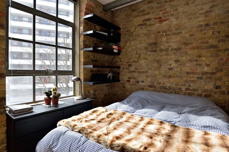 Check out this awesome listing on Airbnb: Warehouse conversion in Clerkenwell in London